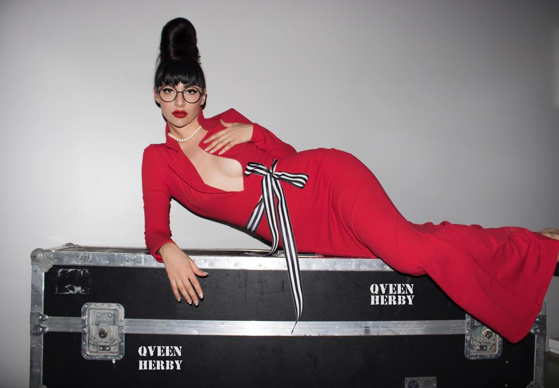 Watch Now: Qveen Herby - Mint (Live)